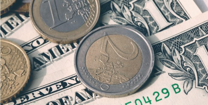 USD/EUR Negativity for The Dollar and The Euro Keeps Exchange Rate Steady