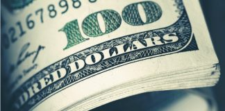 Dollar Strengthens over Euro Late in the Day as US Rate Hike Looks Probable