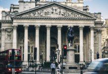Pound Dives Versus Australian Dollar Ahead of BoE Rate Decision