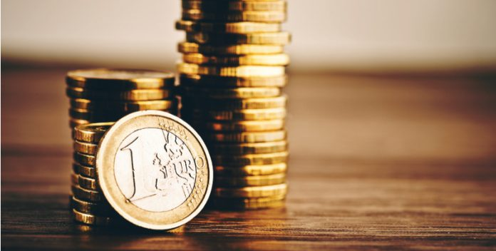 EUR/USD Euro Hits Multi Week High as US Data Disappoints