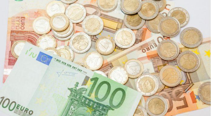 GBP/EUR: Pound Lowers Vs Euro As Investors Await BoE Decision