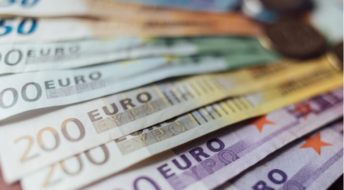 GBP/EUR: Will UK Wage Data Boost Pound Higher vs. Euro?