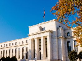GBP/USD: Dollar vs. Pound Awaits Fed Chair Powell's Appearance Before Congress