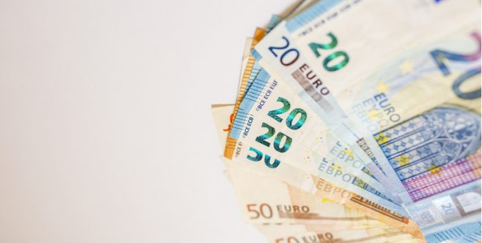 GBP/EUR: Pound Rises vs. Euro As UK Borrowing Falls