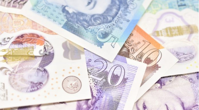 GBP/EUR: Pound Falls vs Euro Ahead of UK Service Sector Data
