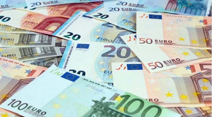 GBP/EUR: Pound Drops vs Euro As Brexit Bill Defeated Again
