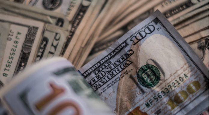 GBP/USD: Dollar Dives vs Pound As Trade War Fears Trump Brexit Concern