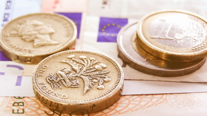 GBP/EUR: Pound Lower As Investors Look Towards UK GDP Data