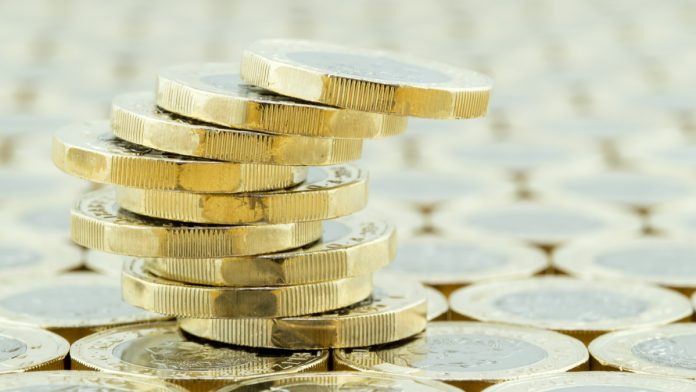 GBP/USD: Pound Drops To $1.29 As Trade War Fears Ease