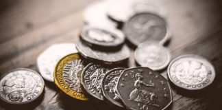 GBP/USD: Pound Dips As UK Polititcs & G20 Take Centre Stage