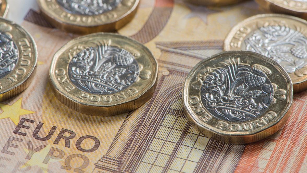 uk dollar in euro