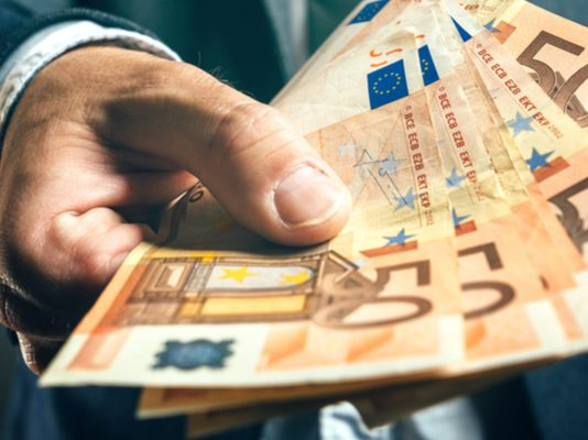 GBP/EUR: Pound Climbs Higher vs. Euro After Tory Conference