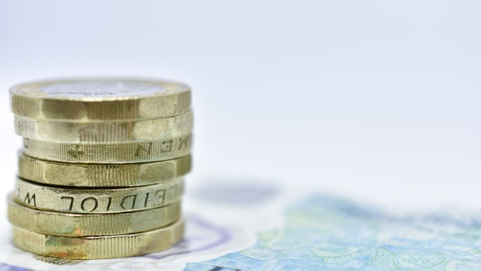 GBP/USD: Pound Above $1.25 On Fed Rate Cut Expectations