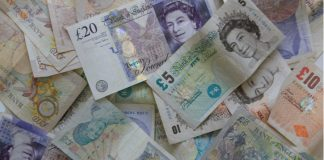 GBP/USD: Pound Lower vs. Dollar As Pressure Mounts On UK PM