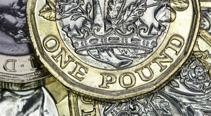 GBP/EUR: UK PM Theresa May Survives Another Day