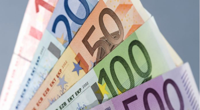 GBP/EUR: Pound Steady vs. Euro As Angela Merkel Steps Down