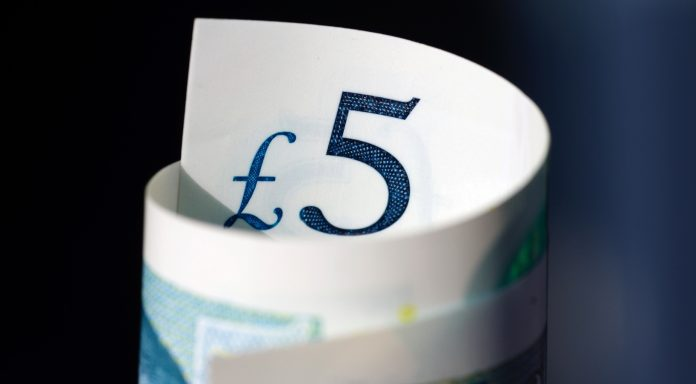 GBP/EUR: Pound Vulnerable vs. Euro Amid Brexit & Political Chaos