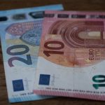 EUR/USD: 1.19 caps upside