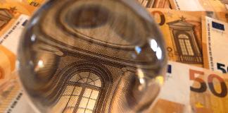 GBP/EUR: Brexit Uncertainty Keeps Pound Demand Low vs. Euro