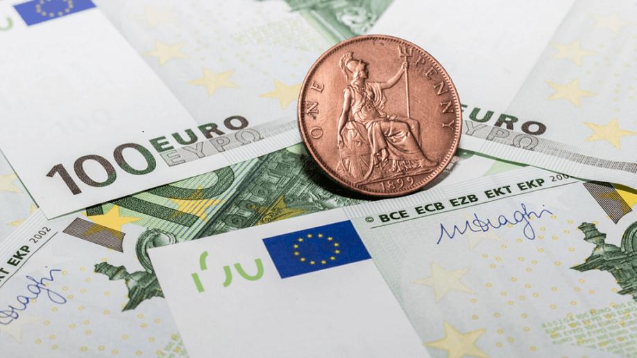 Eur Usd Dollar Strengthens Ahead Of