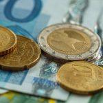 EUR/USD weak heading to 1.2100