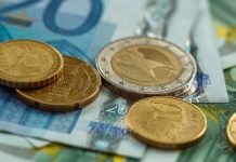 GBP/EUR: Pound Resilient After May's Crushing Brexit Defeat