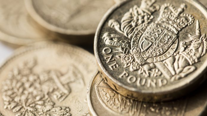 GBP/USD: Pound Climbs As PM Theesa May Survives