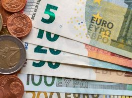 GBP/EUR: Euro In Focus Ahead Of Barrage Of Data Releases