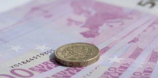 GBP/EUR: Gloomy Brexit News Weigh On Pound vs. Euro