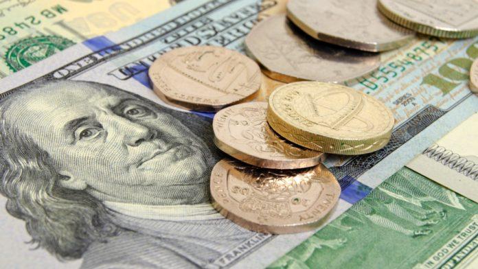 GBP/USD: Pound Stumbles On Bleak Brexit News