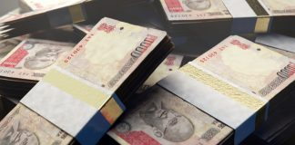 indian-rupee-bank-notes - INR