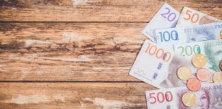 sek-bank-notes-on-a-table
